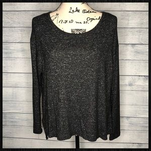 Ambiance long sleeve top sz M